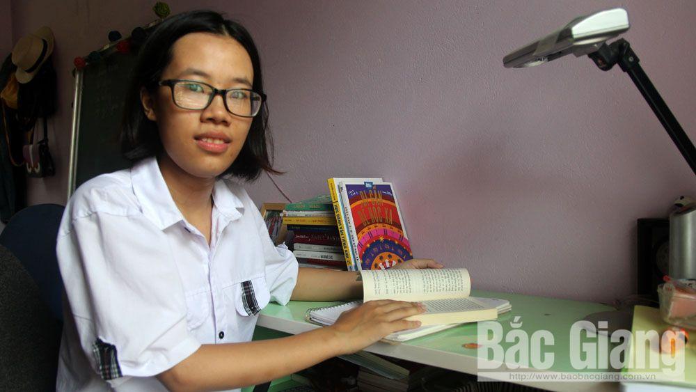Phạm Ngọc Quỳnh, chủ nhân điểm 10 môn Lịch sử duy nhất Bắc Giang